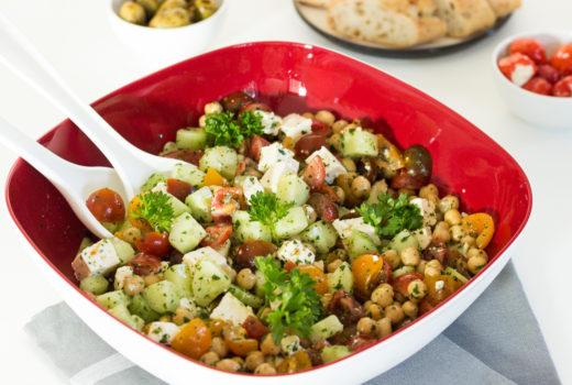Kichererbsen-Salat mit Fetakäse