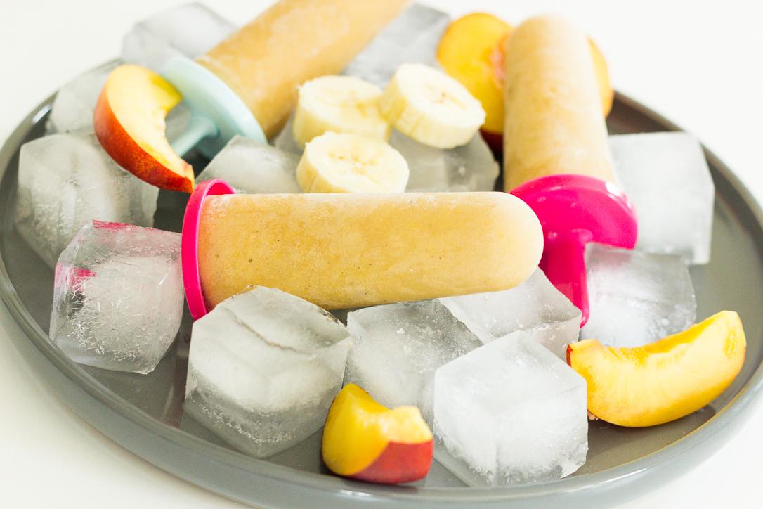 Eis mit Nektarine und Banane