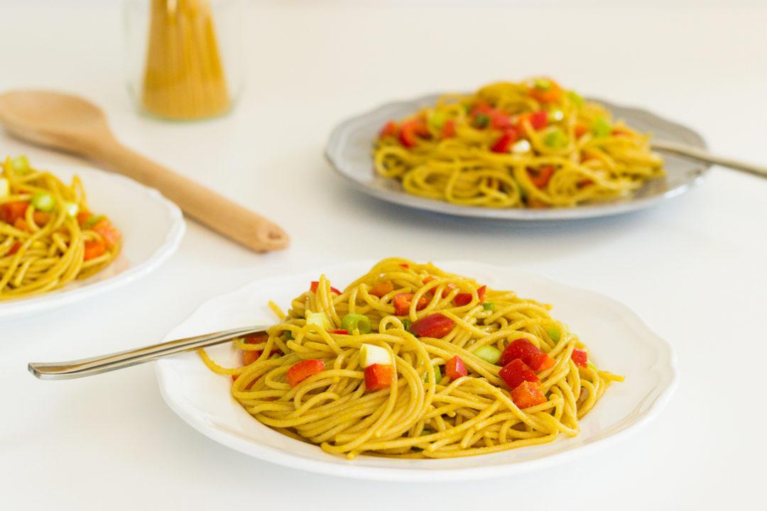 Salat mit Spaghetti