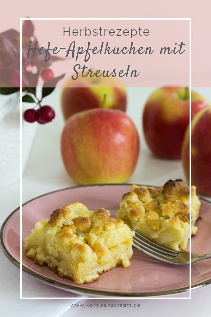 Hefe-Apfelkuchen mit Streuseln